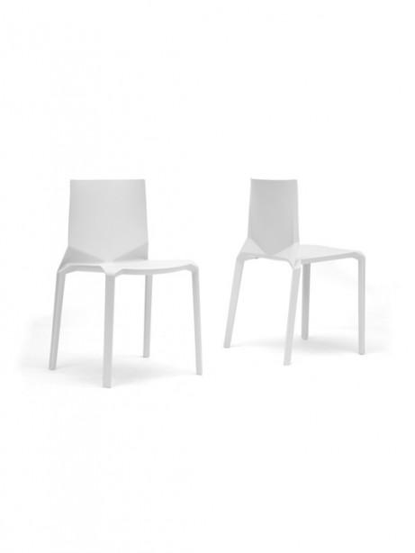 Symmetrical Chair White 461x614