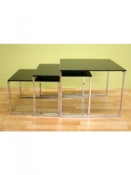 Glassy Side Table 3 461x614