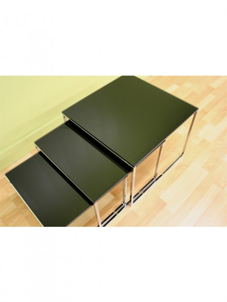 Glassy Side Table 4 461x614