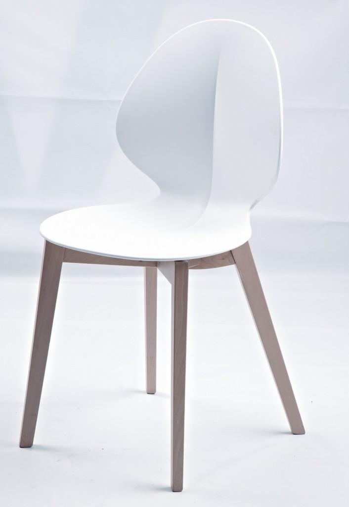 White Fold Chair 1