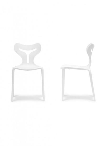 White Plastic Y Chair 2 461x614