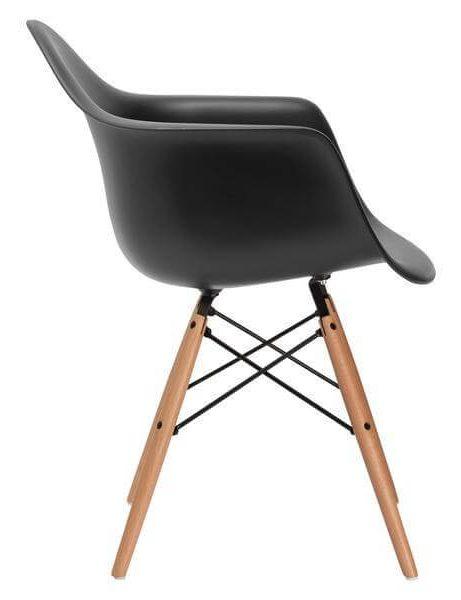 black eames chair 461x600