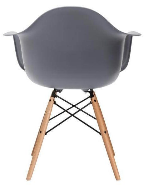 grey eames chair 461x600