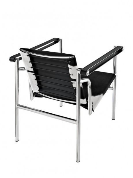 BlackandWhite Attache Chair 2 461x614