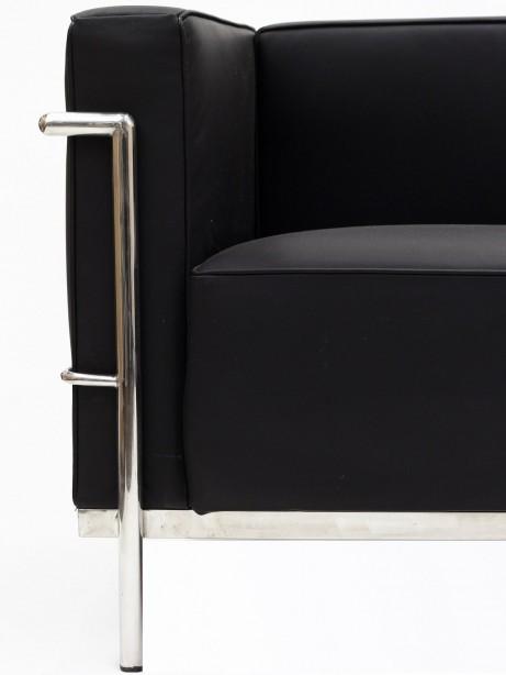 Simple Large Leather Loveseat Black 2 461x614