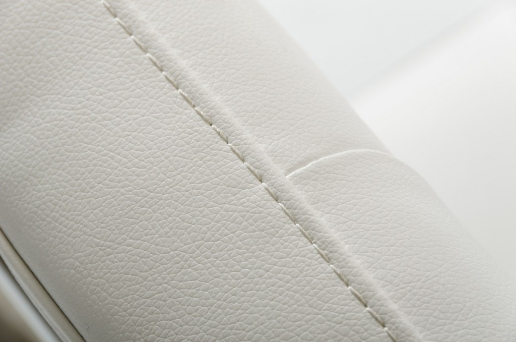 Glam Chair White Leather 2