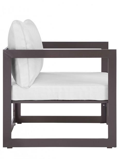 Star Island Outdoor Armchair Brown White Cushion 461x614