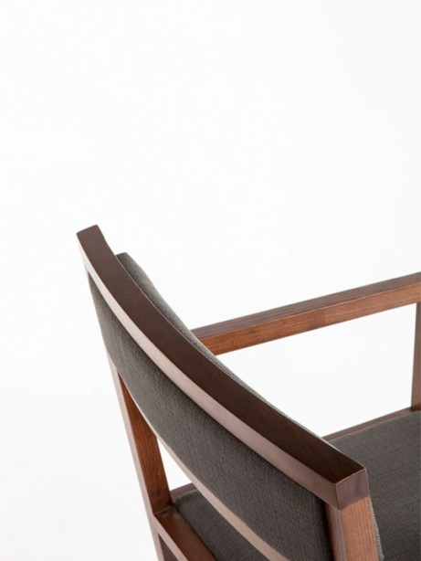 cardamon chair 2 461x614