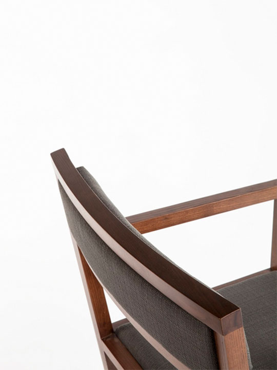 cardamon chair 2