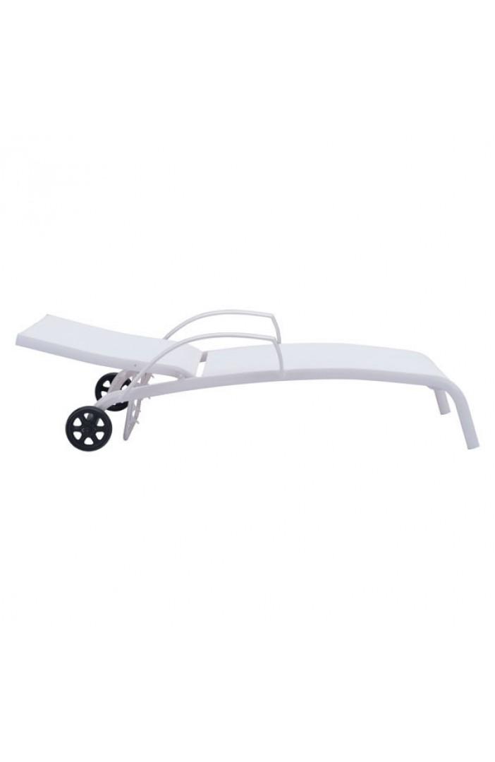 modern outdoor lounge chair wheels