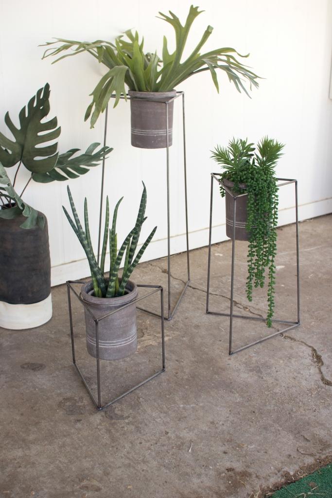 Concrete metal planter stand set