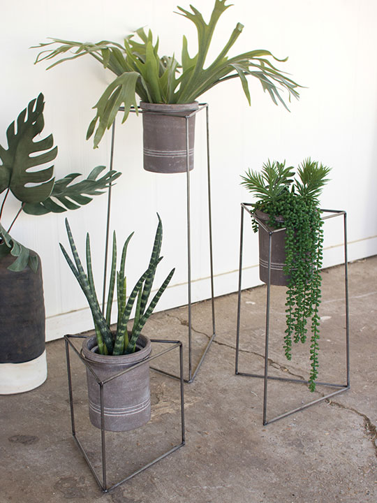 Modern Triangle Planter Stand Set