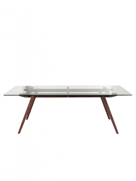 stockholm dining table 461x614