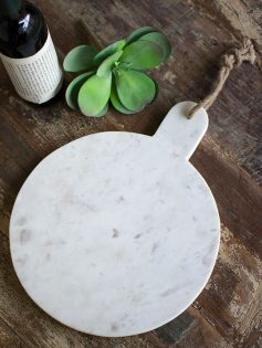 white marble cutting board 237x315