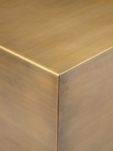 gold cube table 461x614