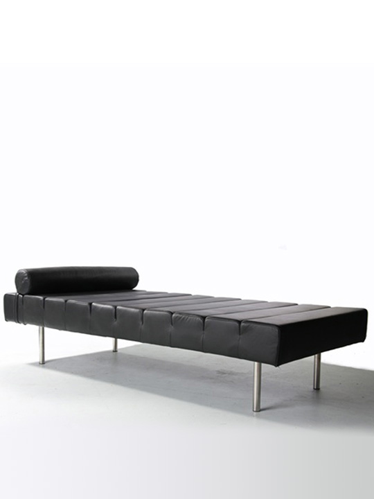 King Stretch Bed