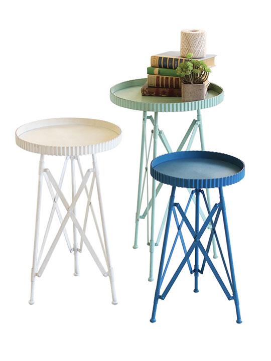 white blue green table set