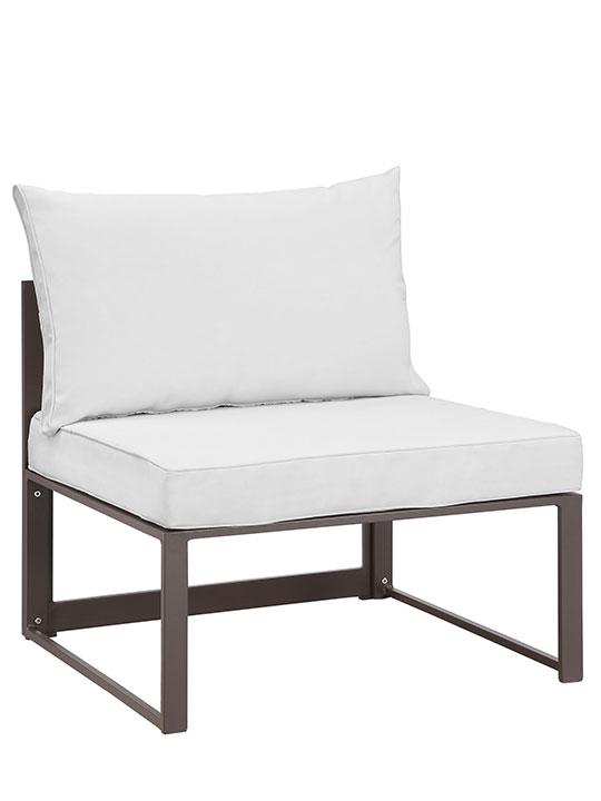 Star Island Outdoor Chair Brown White Cushion